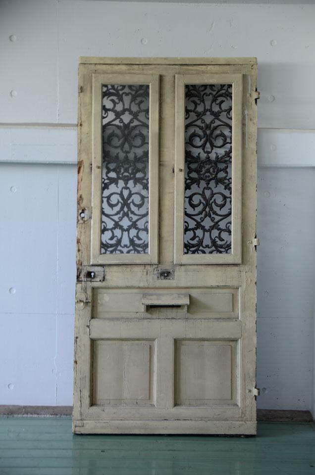 裏面ドア1
